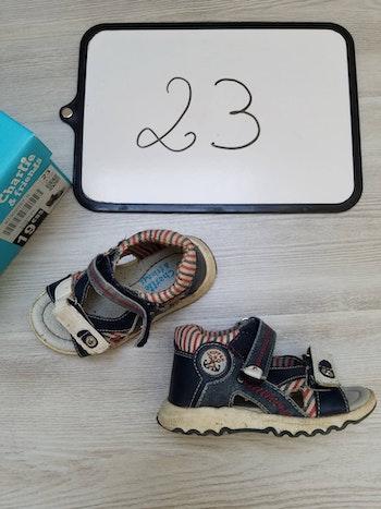 Sandale/nu pied 23