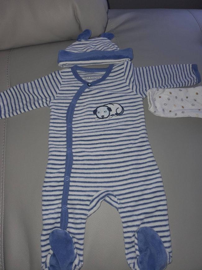 Lot pyjamas verlourd
