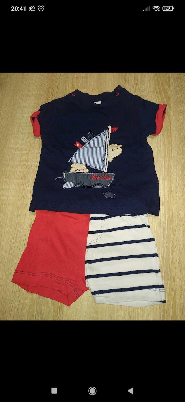 Ensemble short+t shirt