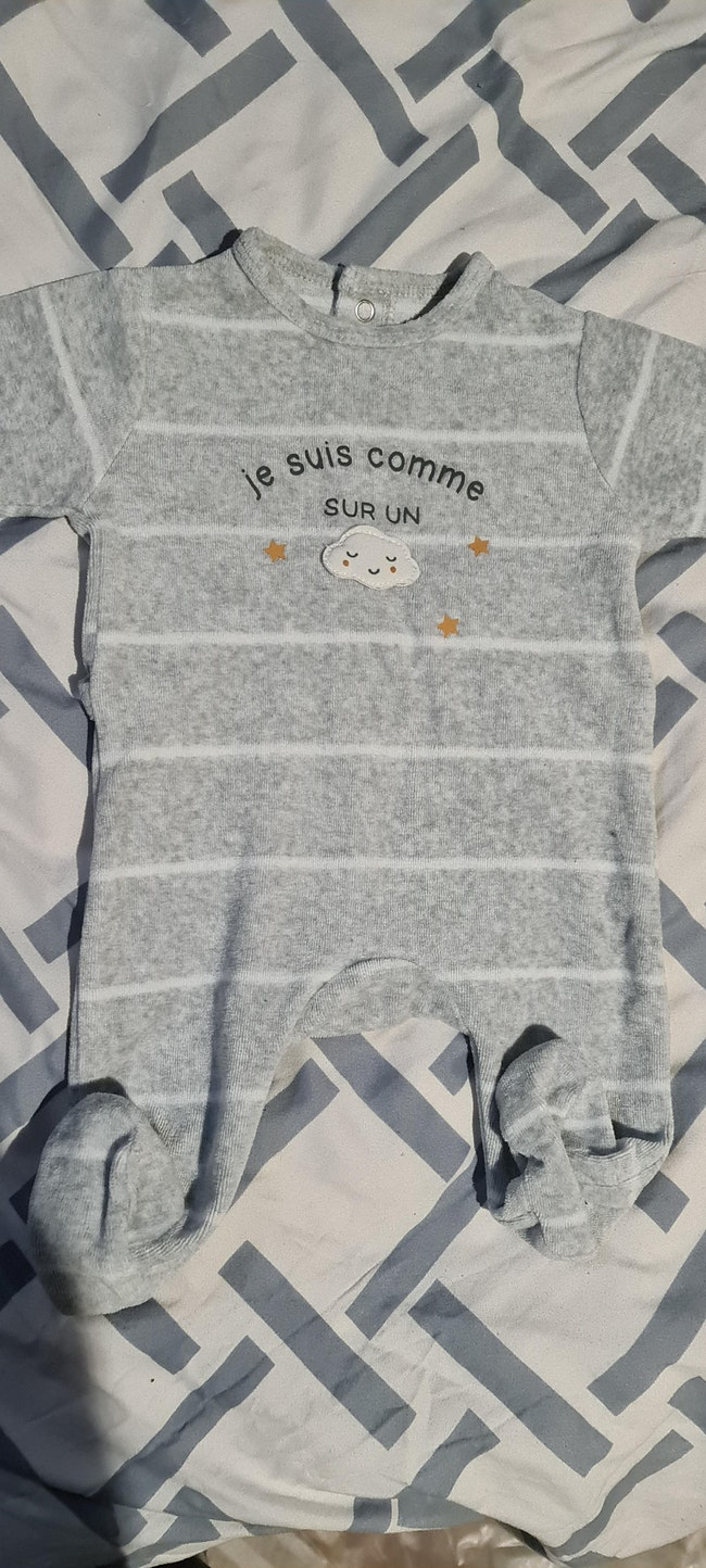 Lots 8 pyjamas