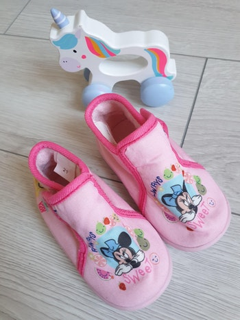 Chaussons minnie taille 22