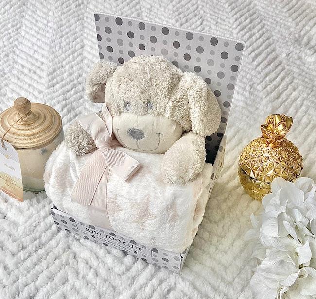 Peluche + couverture bébé