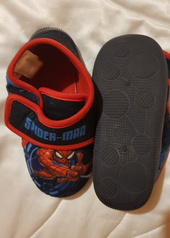 Chaussons spiderman T29