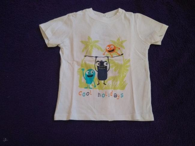 Tee shirt taille 6 mois
