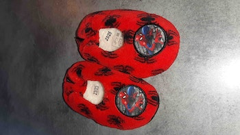 Chaussons spiderman 23/25
