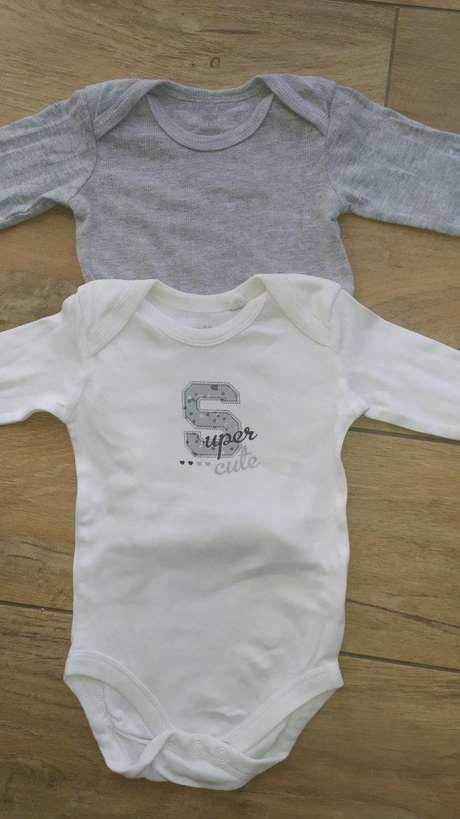 Lot de 2 bodies bébé garçon 6 mois