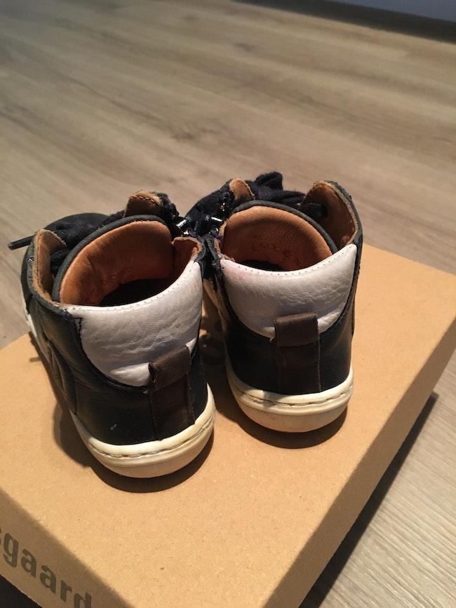 Baskets cuir bleu noir Bisgaard pointure 23