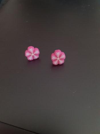 Paire de boucle d'oreille fleur