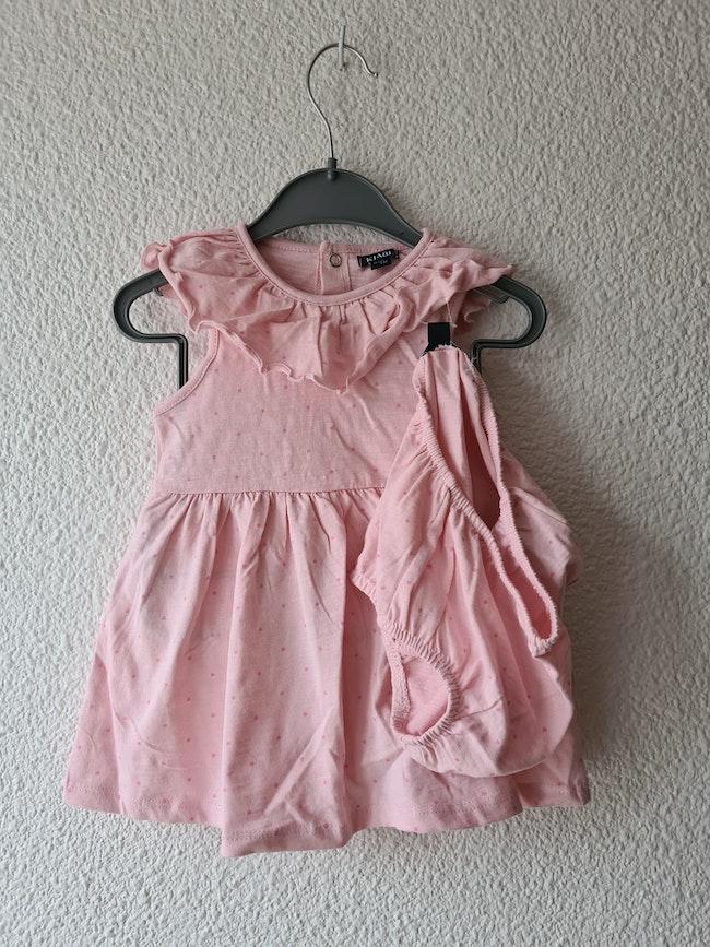 robe et culotte rose Kiabi