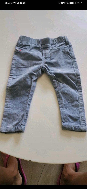 Pantalon catimini taille 9 mois.