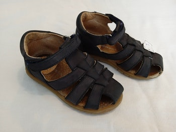 Sandales cuir bleu marine