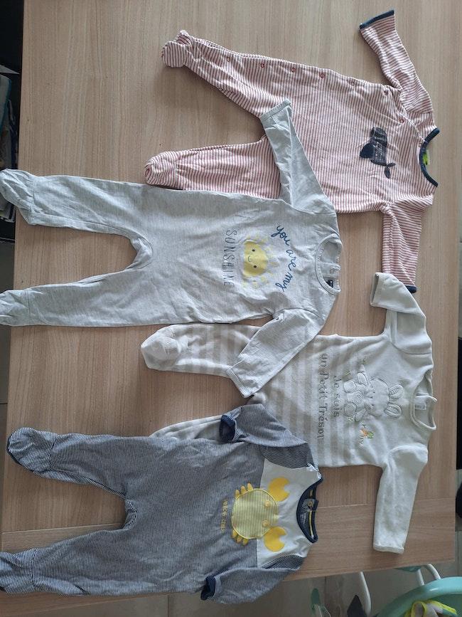 Lot de 15 pyjama