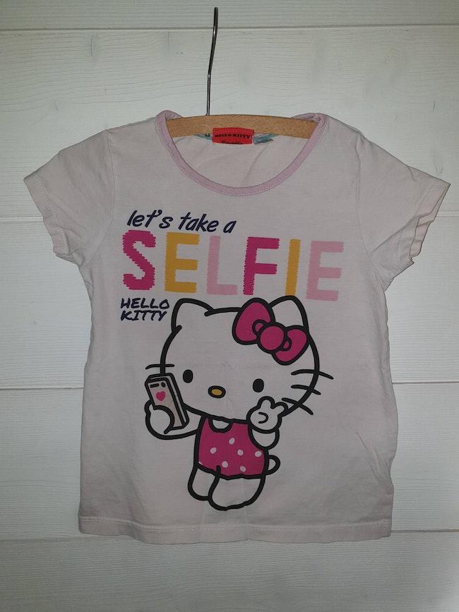 T-shirt hello kitty 6ans