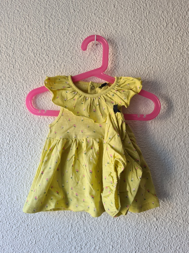 ensemble robe et culotte jaune Kiabi