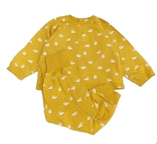 Pyjama jaune