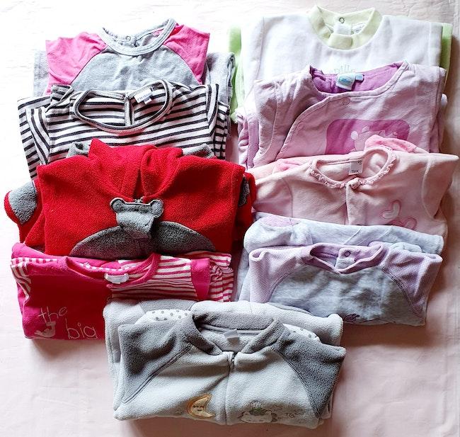 Lot de 9 pyjamas grenouillères été/ hiver