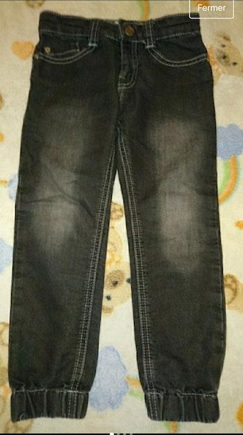 Jean noir délavé