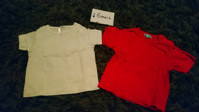 Lot 2 t-shirts