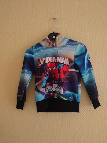 Sweat spiderman.