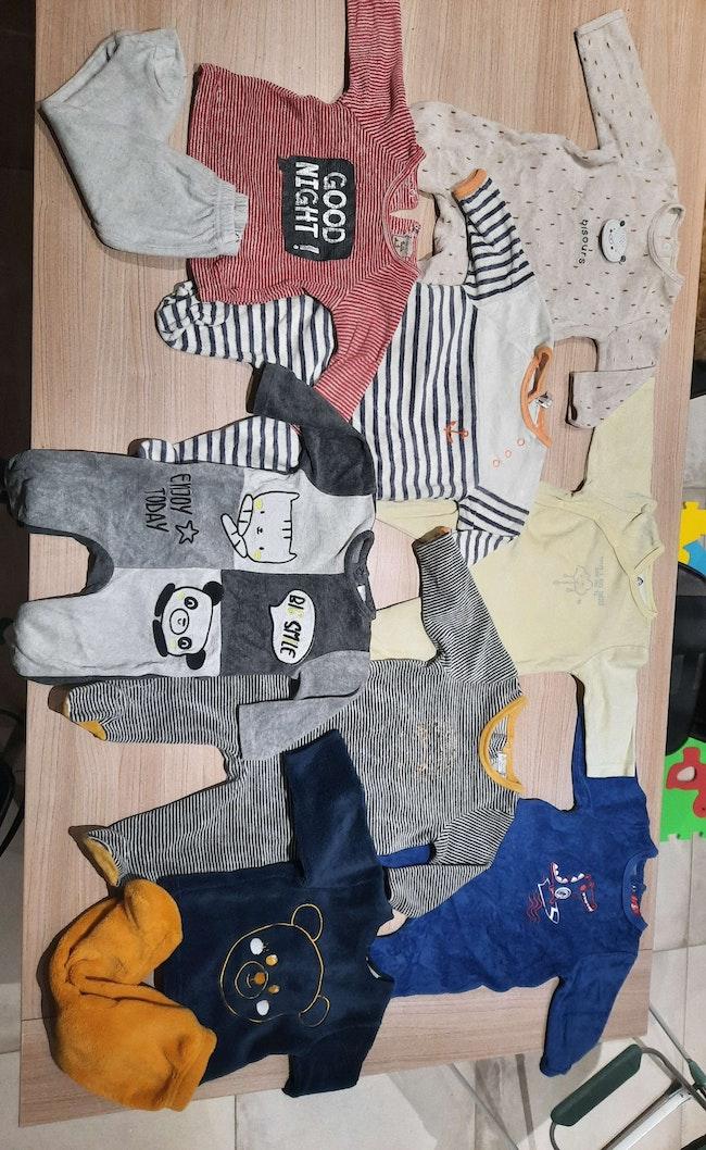 Lot 25 pyjamas