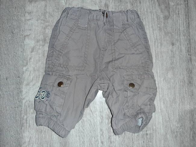 Pantalon 3 mois neuf