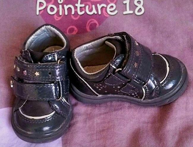 Chaussures pointure 18