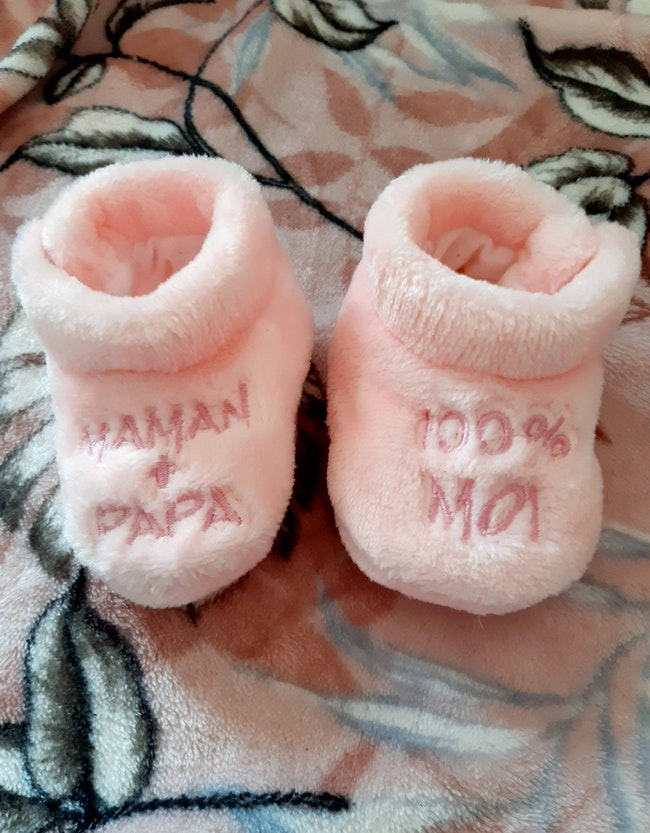 Lot chaussons taille o-3/6mois