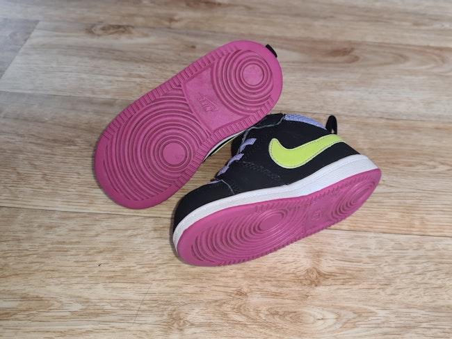 Chaussure Nike 22