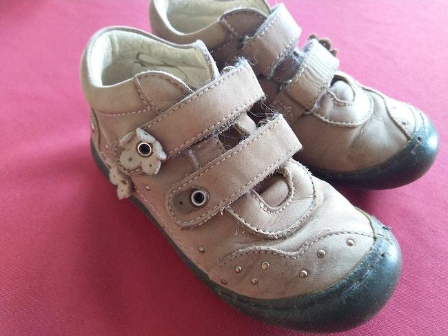 Chaussures taille 26 Primigi