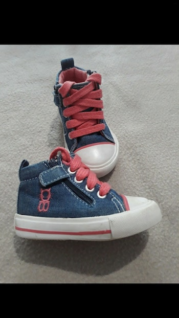 Chaussure style converse