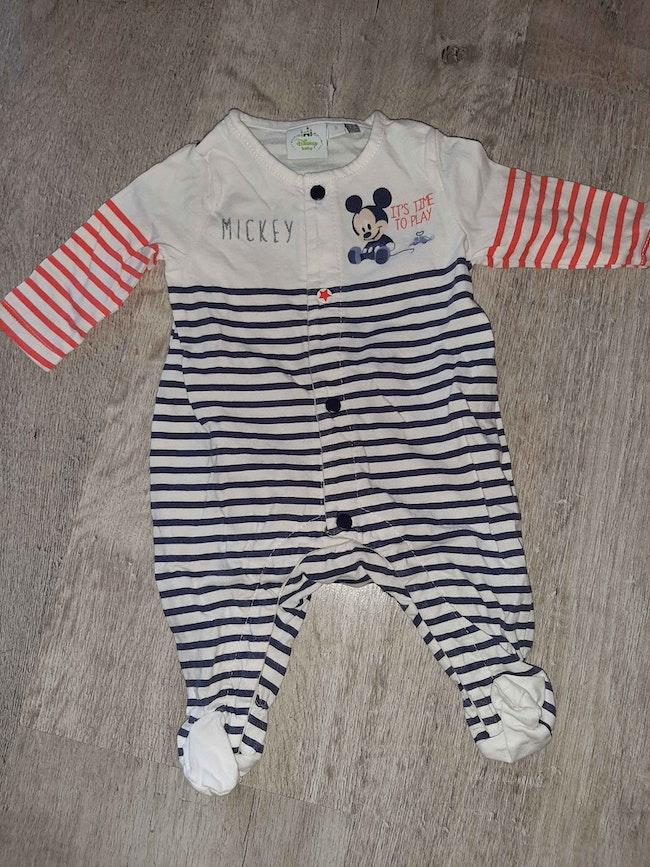 Pyjama mickey neuf 0 mois naissance