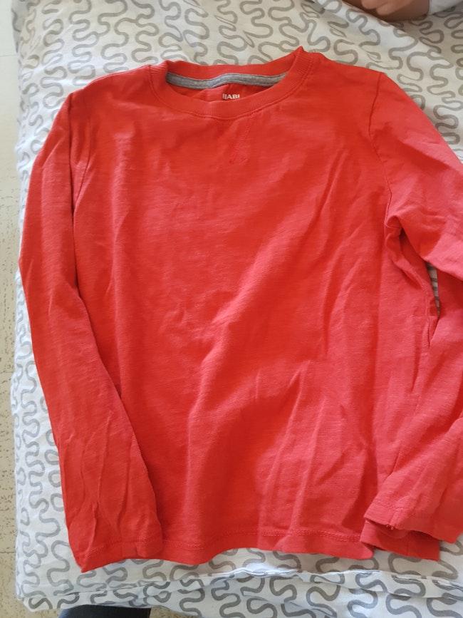 Haut rouge kiabi