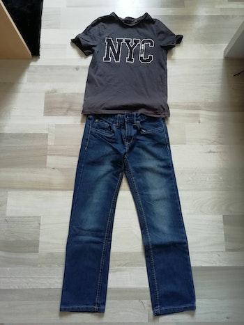 Jeans et tee shirt en 10 ans