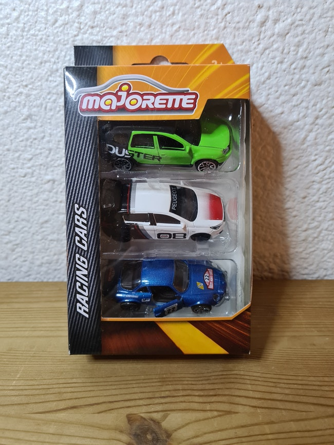 lot de 3 voitures majorette