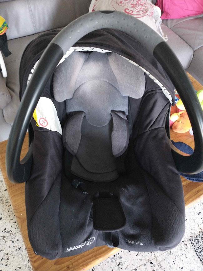 Cosy avec base bébé confort