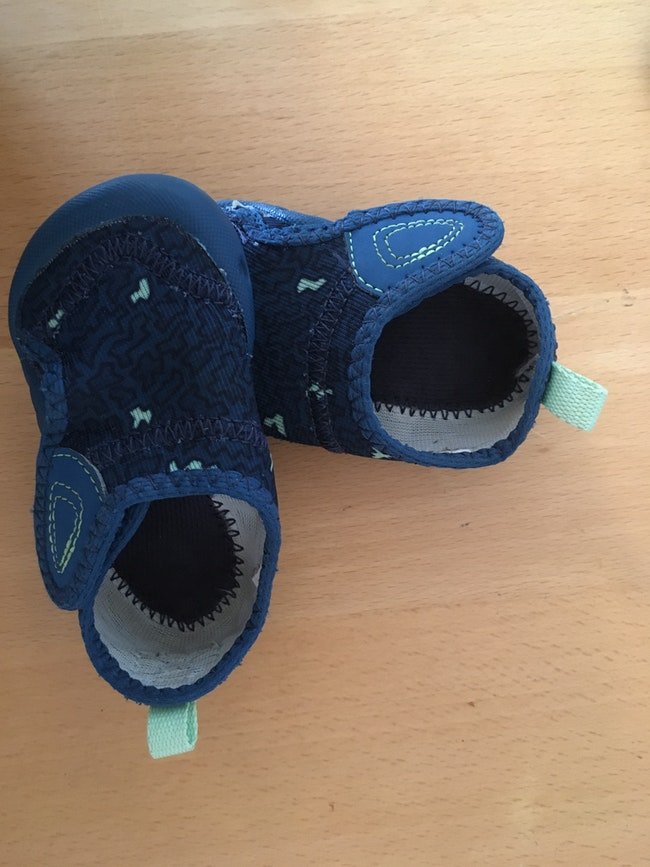 Chaussons Souples Decathlon Taille 18 Beebs Achat Vente Bebe Enfant