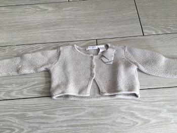 Gilet gris argenté