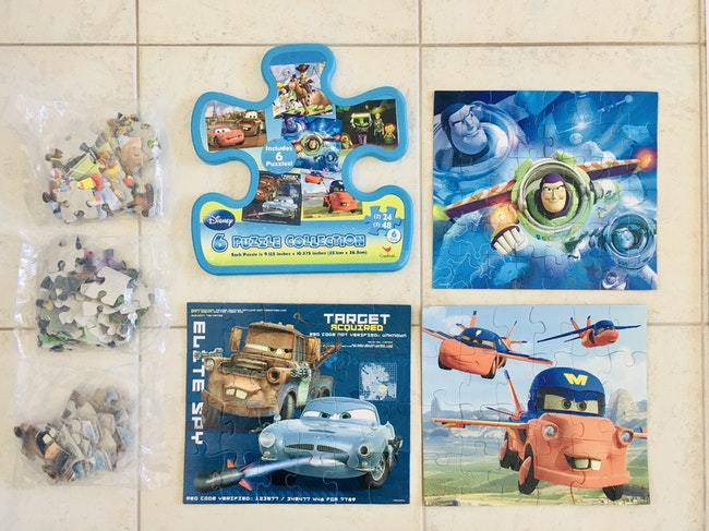 Boite cadeau de 6 puzzles CARS Disney Pixar
