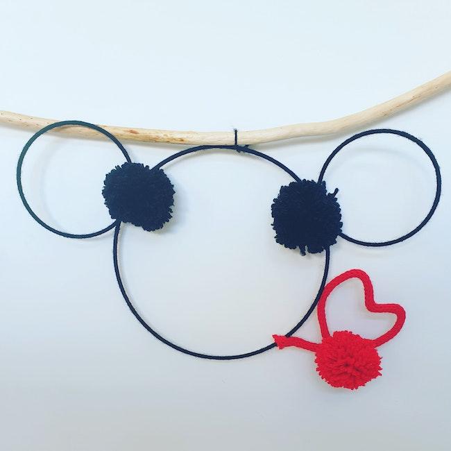 Tricotin Mickey décoration chambre bébé