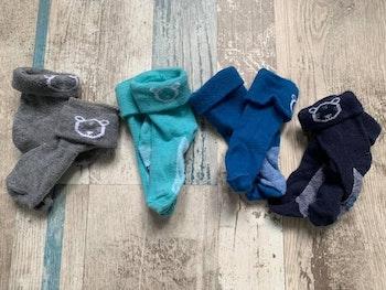 - 4 paires de chaussettes Obaibi 15/18, Bon état