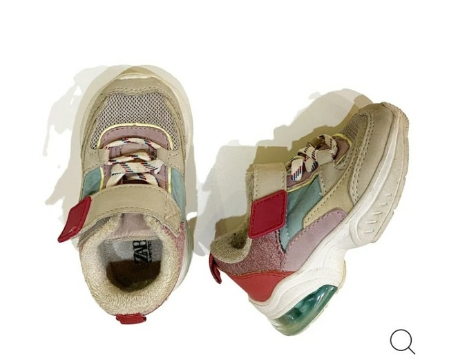 Chaussures - pointure 19