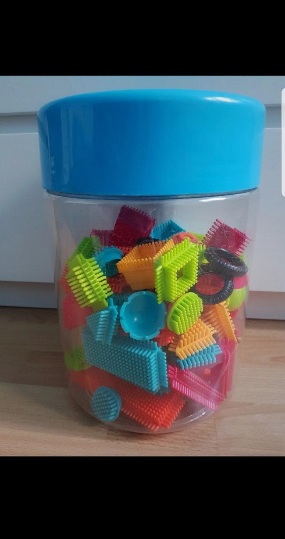 Seek'o Blocks Baril Multicolor - 75 pièces