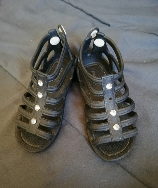 Chaussure fille taille 24