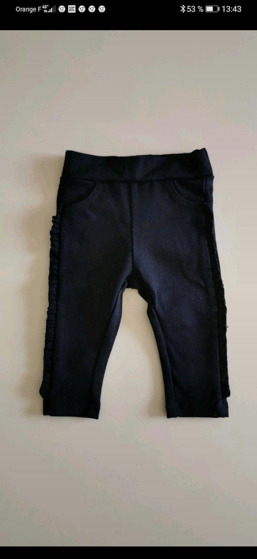 Pantalon Kiabi taille 3 Mois.