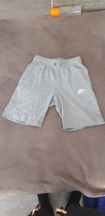 Short  Nike 128-137cm
