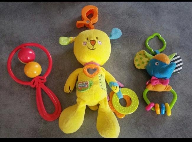 Lot de jouets premier âge