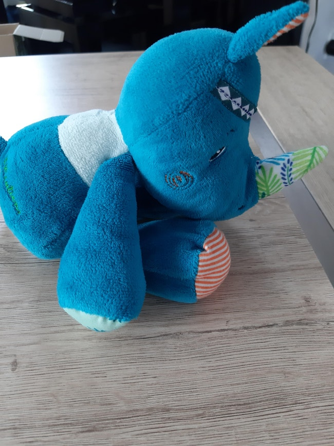 Peluche rhinocéros Lilliputiens Marius