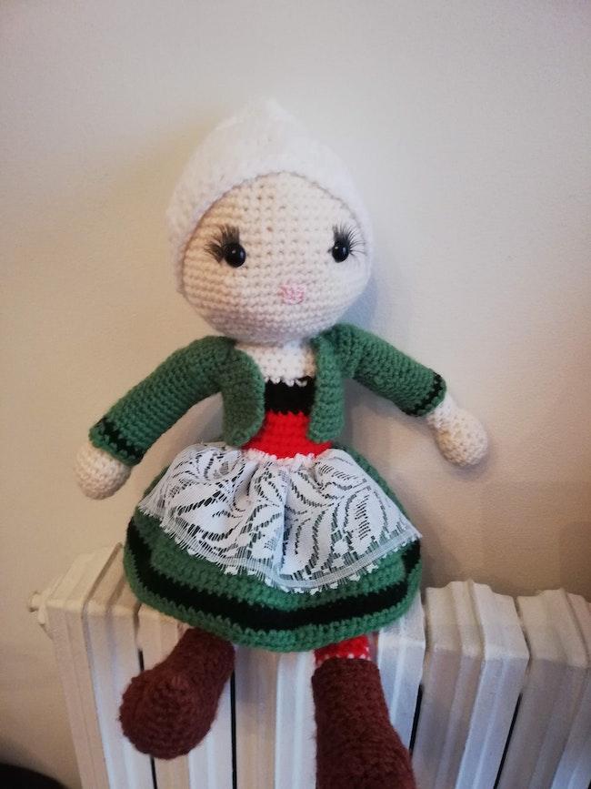 Bécassine fait mains en laine