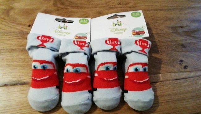 1.50€ Lot chaussettes Disney cars 6 /12 mois