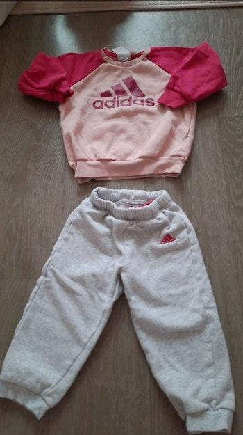Ensemble survêtement fille 18/24 mois Adidas
